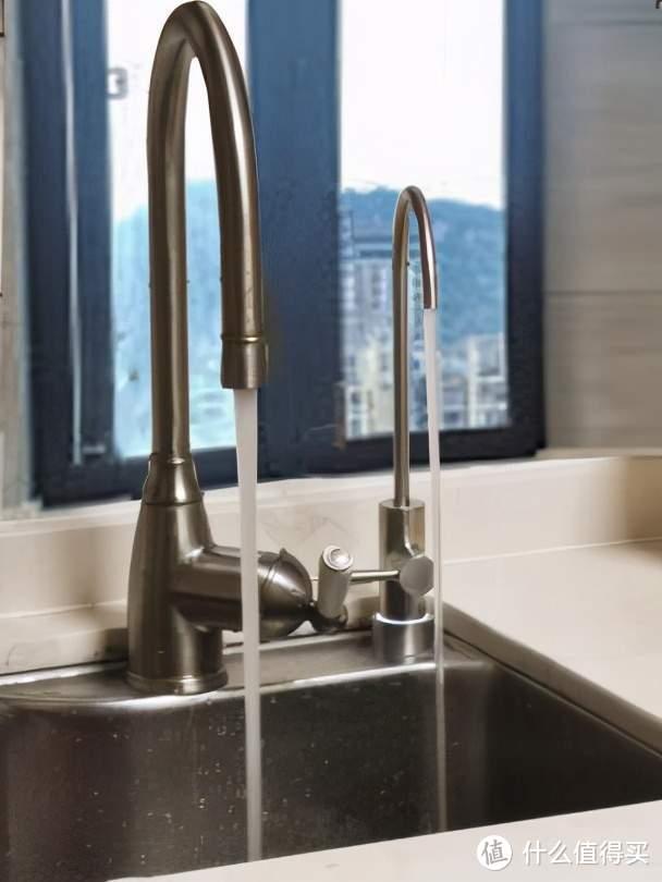 现代厨房必备,功能强大,使用安心,老板800G净水器体验分享