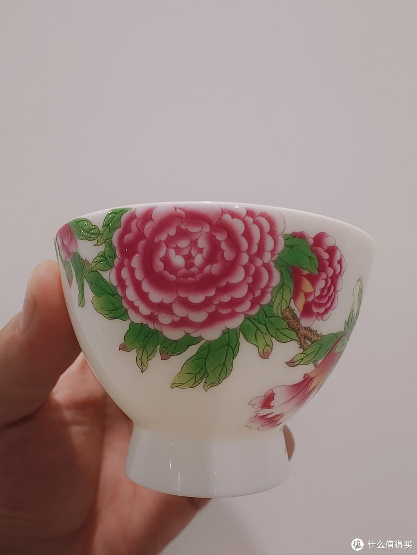 手绘石榴花神杯测评,精湛的手绘工艺,还可以边品茶边赏花边读诗词