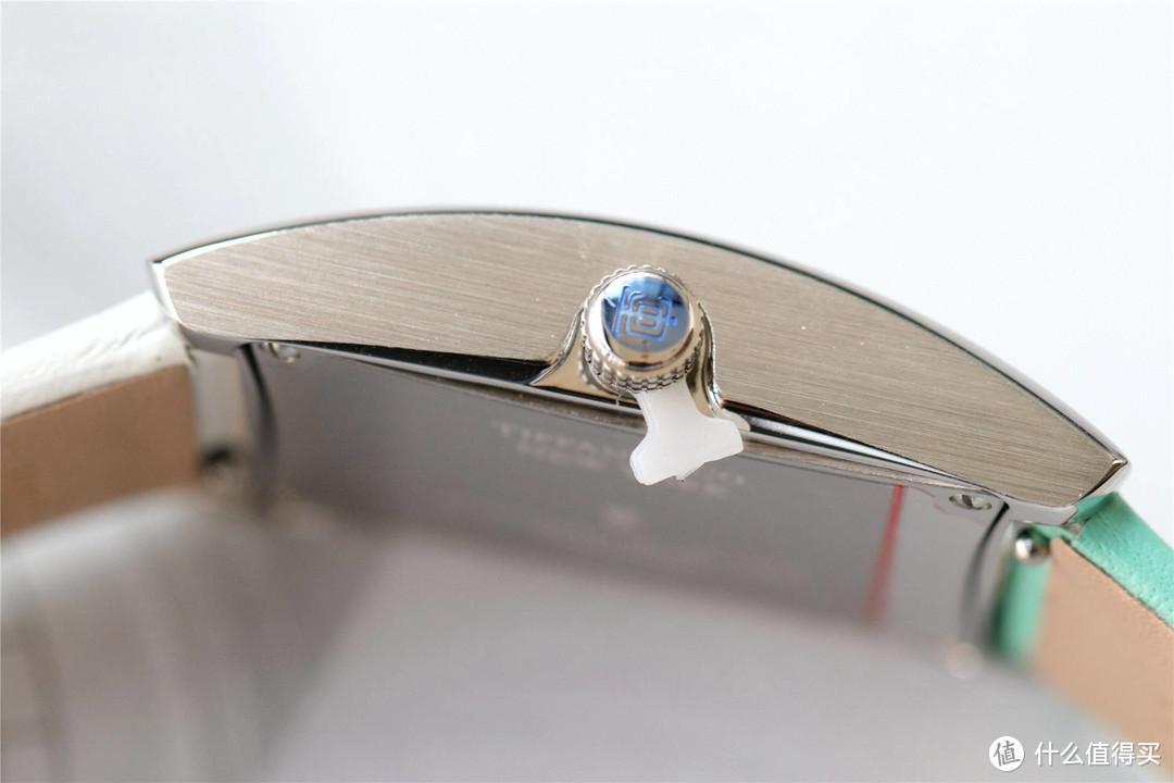 大c论表:蒂芙尼Tiffany East West系列女士腕表,颠覆传统设计
