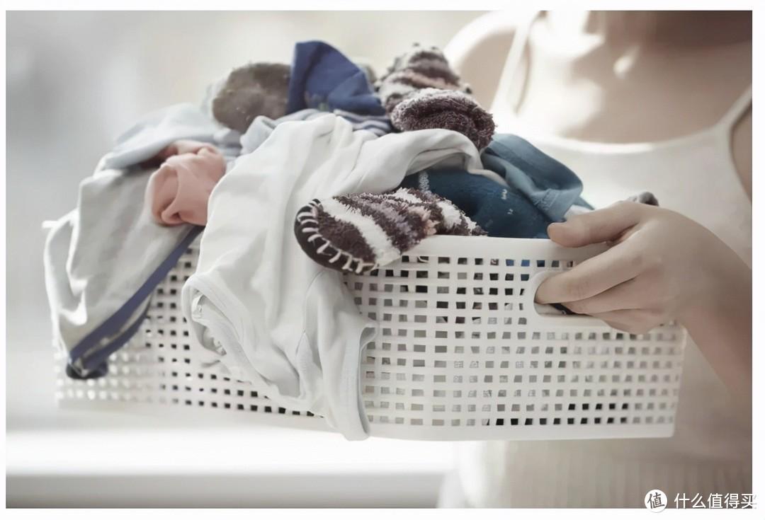 很多人都说,内裤和袜子不能放到洗衣机里一起洗,这是真的吗?