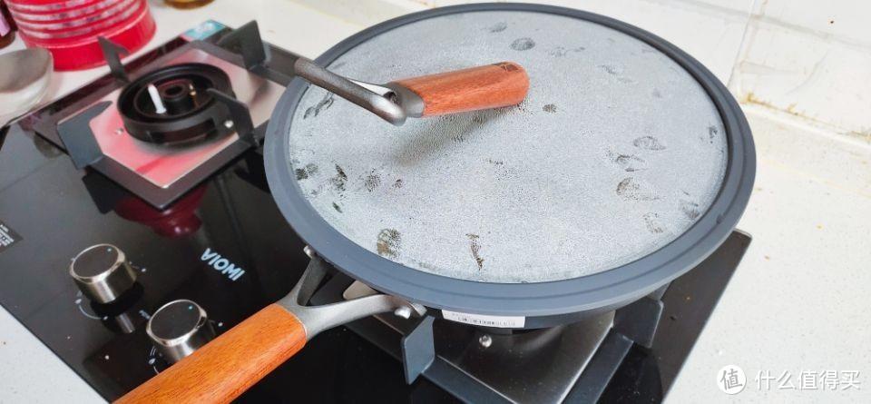 轻质少烟零涂层,室氮轻铁锅还原妈妈的味道!