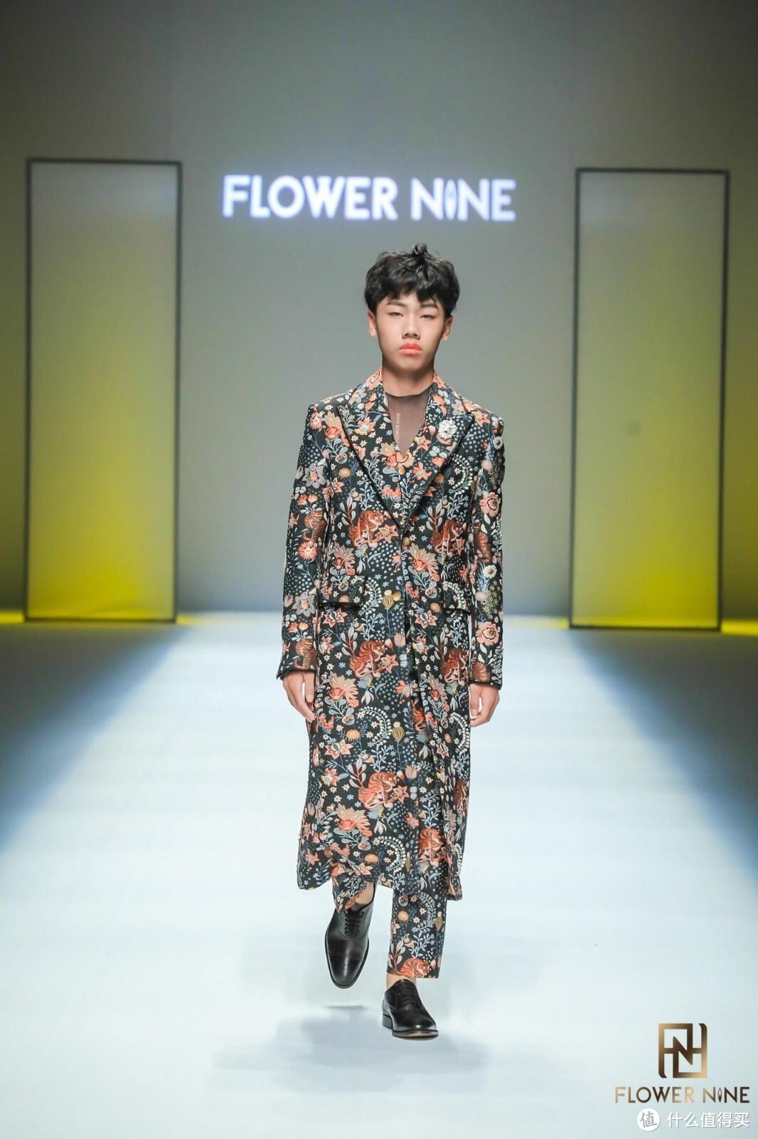 齐显霆 | FLOWER NINE 2022 S/S中国国际时装周