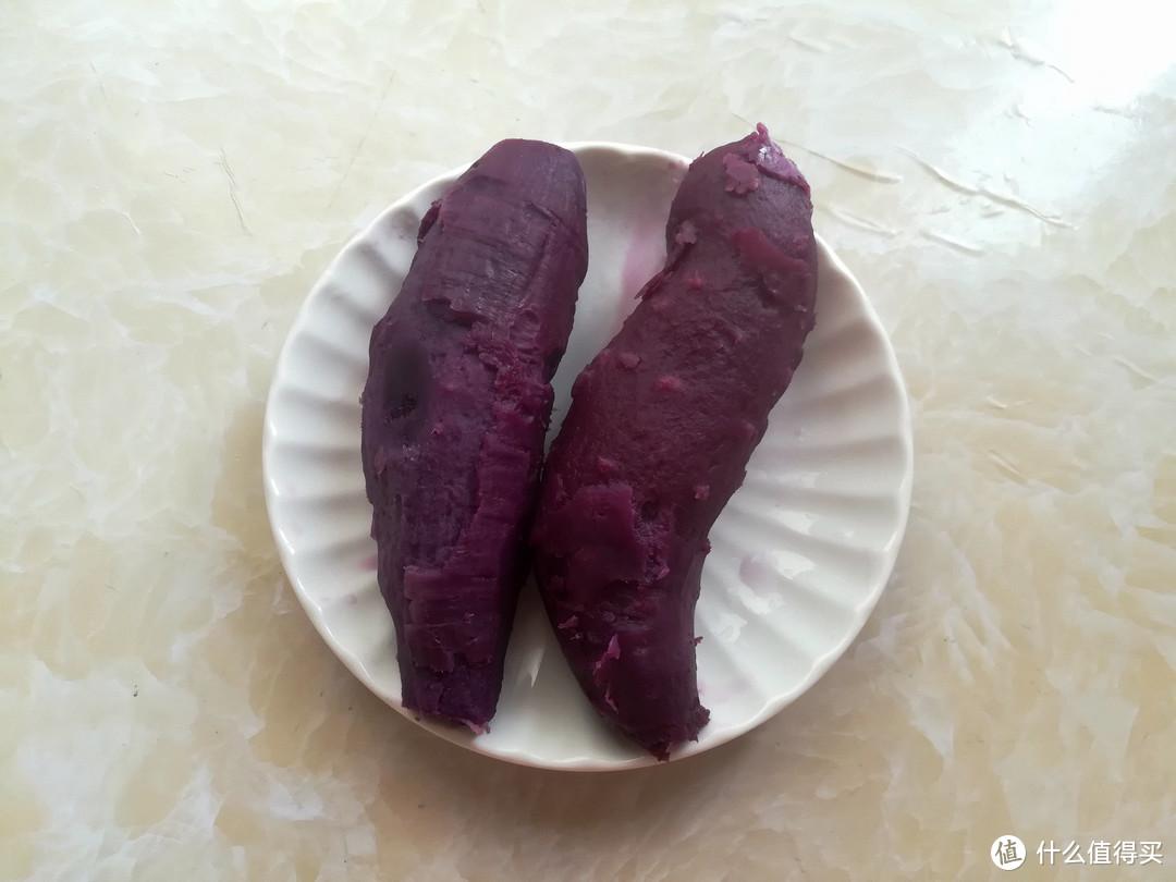 2个紫薯半碗粉,无油无糖热量低,三两下做一盘,健康美味又抵饿