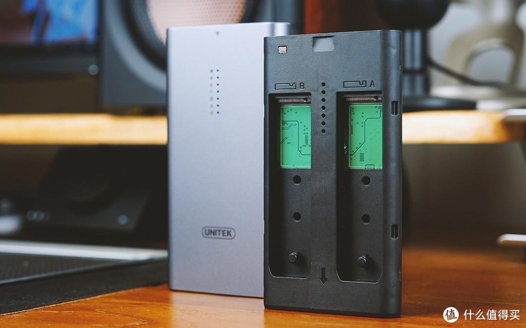 做工精致,速度可靠,一键对拷,优越者M.2双盘位硬盘盒评测体验!