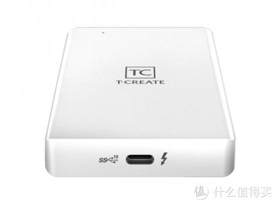 """十铨发布支持""""雷电""""的移动固态硬盘、和PCIe 4.0 SSD"""