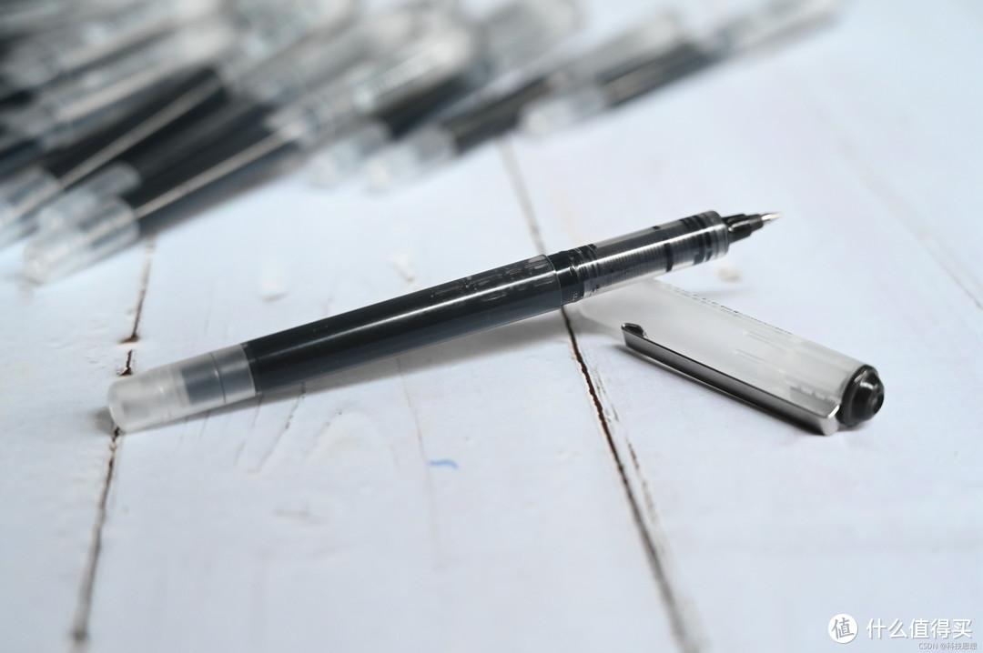 大墨量的走珠笔,从早写到晚也绰绰有余