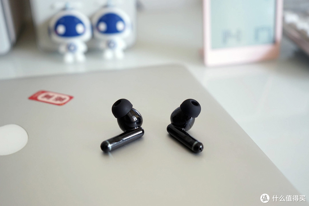 主动降噪蓝牙耳机怎么选才更有性价比?QYC HT03值得推荐!