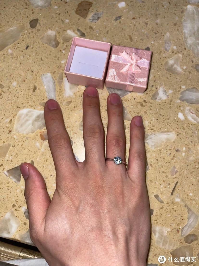 有哪个男孩子能抵挡住钻石的诱惑呢(