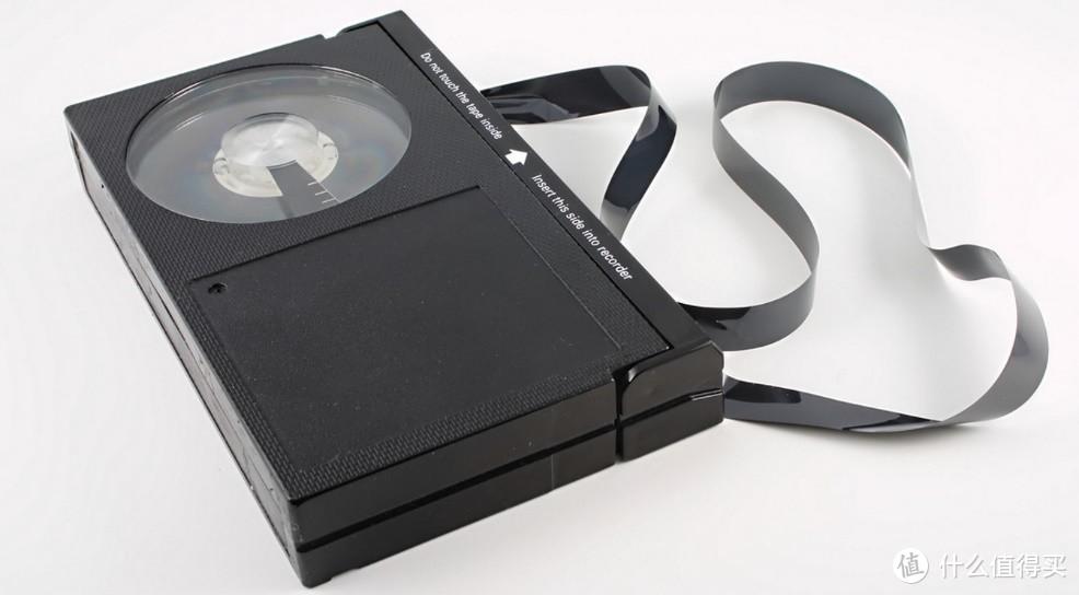网友寄来16年前爸妈用的DV,这产品当年居然无法仿制?