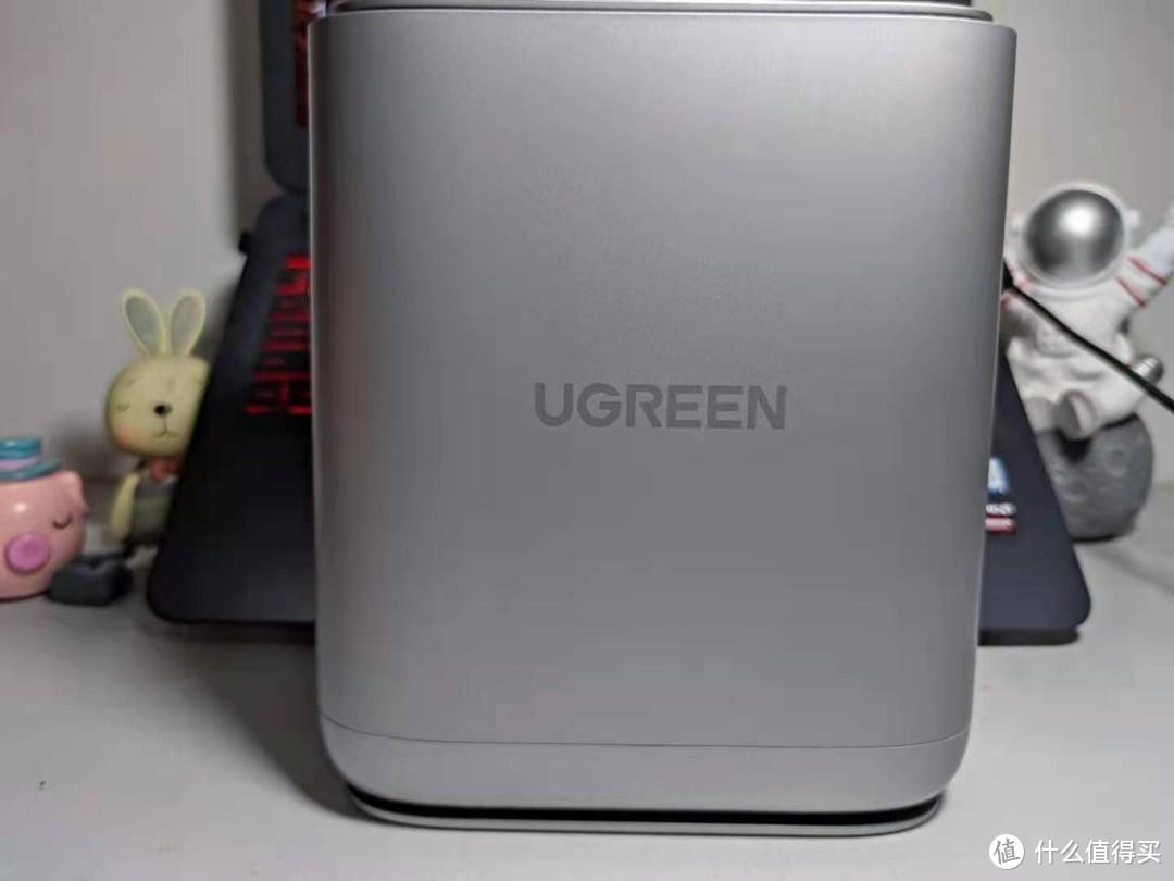 颜值与实力并存的存储新选择——绿联私有云 DH2100