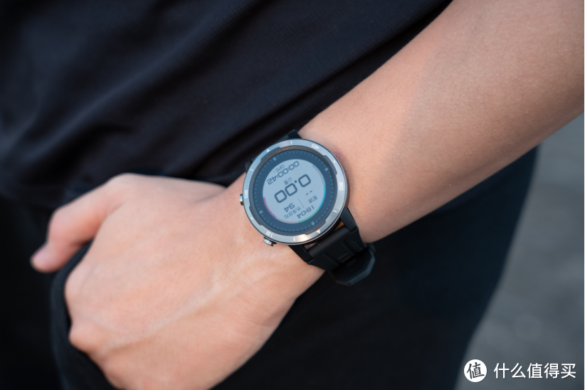 专为跑步热爱者打造,咕咚X3-RE 智能运动户外手表