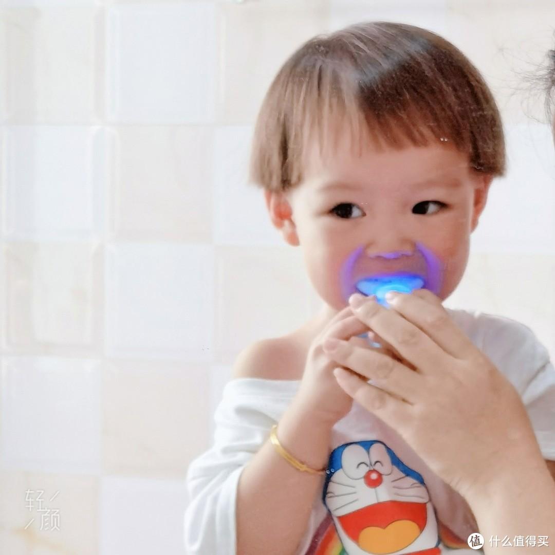 让宝宝爱上刷牙?选这款儿童U型声波牙刷就对了