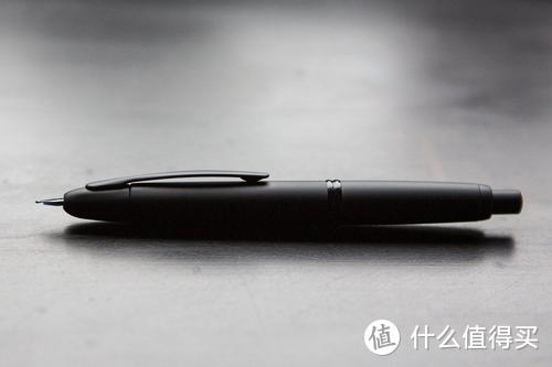 如何合理地给各年龄段的人送笔。