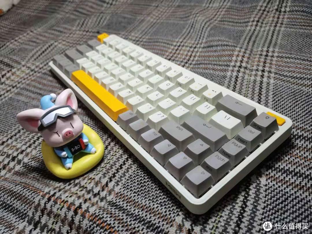 王牌小键盘申请出战!米物ART三模机械键盘测评