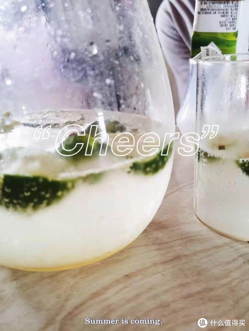 分享好物宅家制作气泡水,制作气泡水无糖无添加制作方便很有乐趣开心开心!