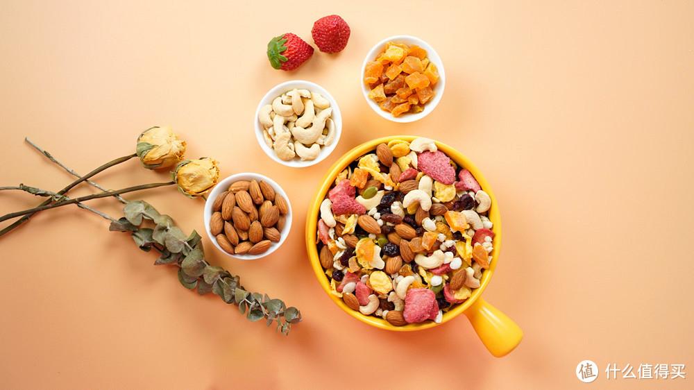 """早餐吃什么?试试""""我的同学""""水果麦片吧!超多水果"""