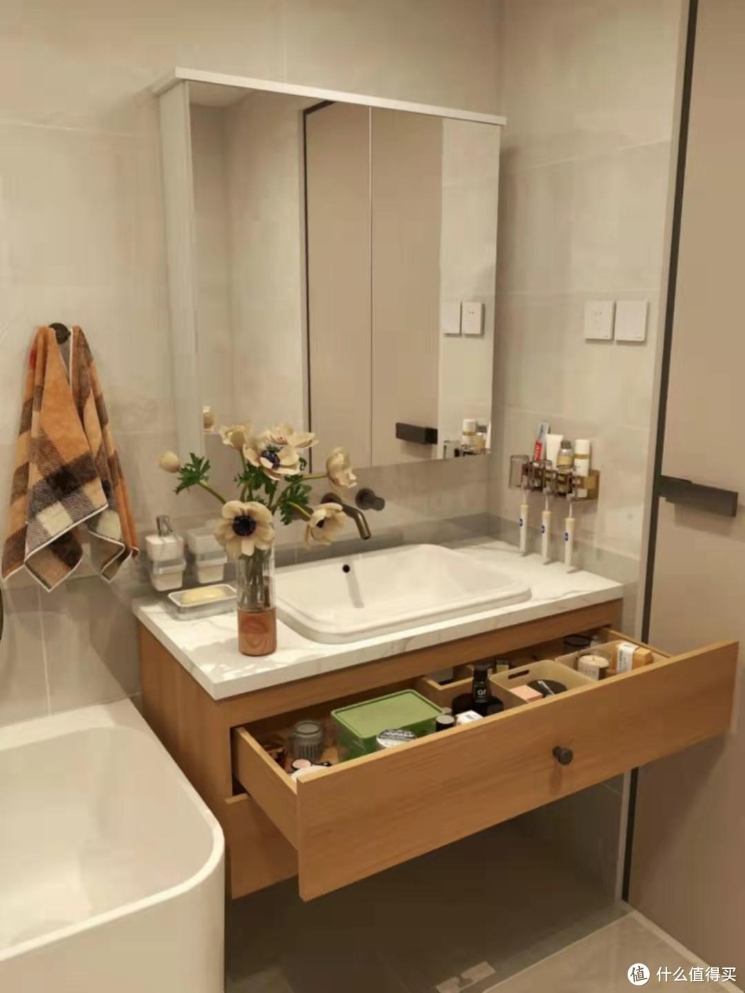 小空间样样俱全小浴缸泡澡真香!