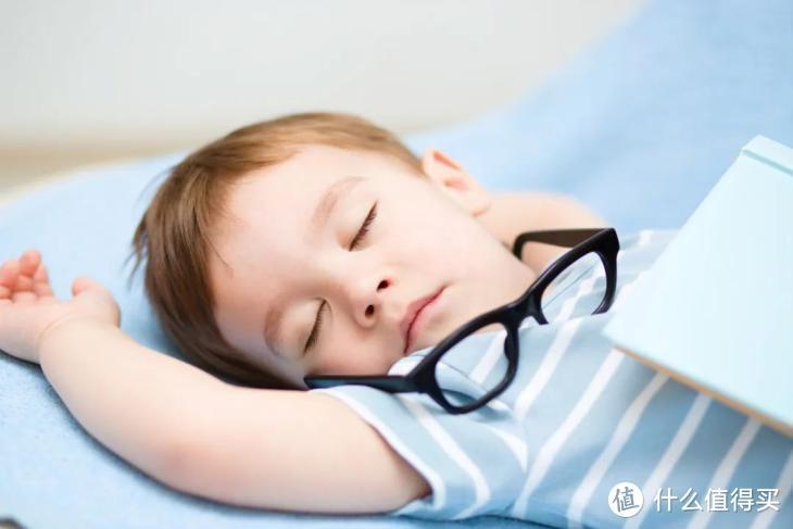 我的枕头会唱歌 安静不打扰的助眠好物 南卡Zzzz骨传导蓝牙音箱体验