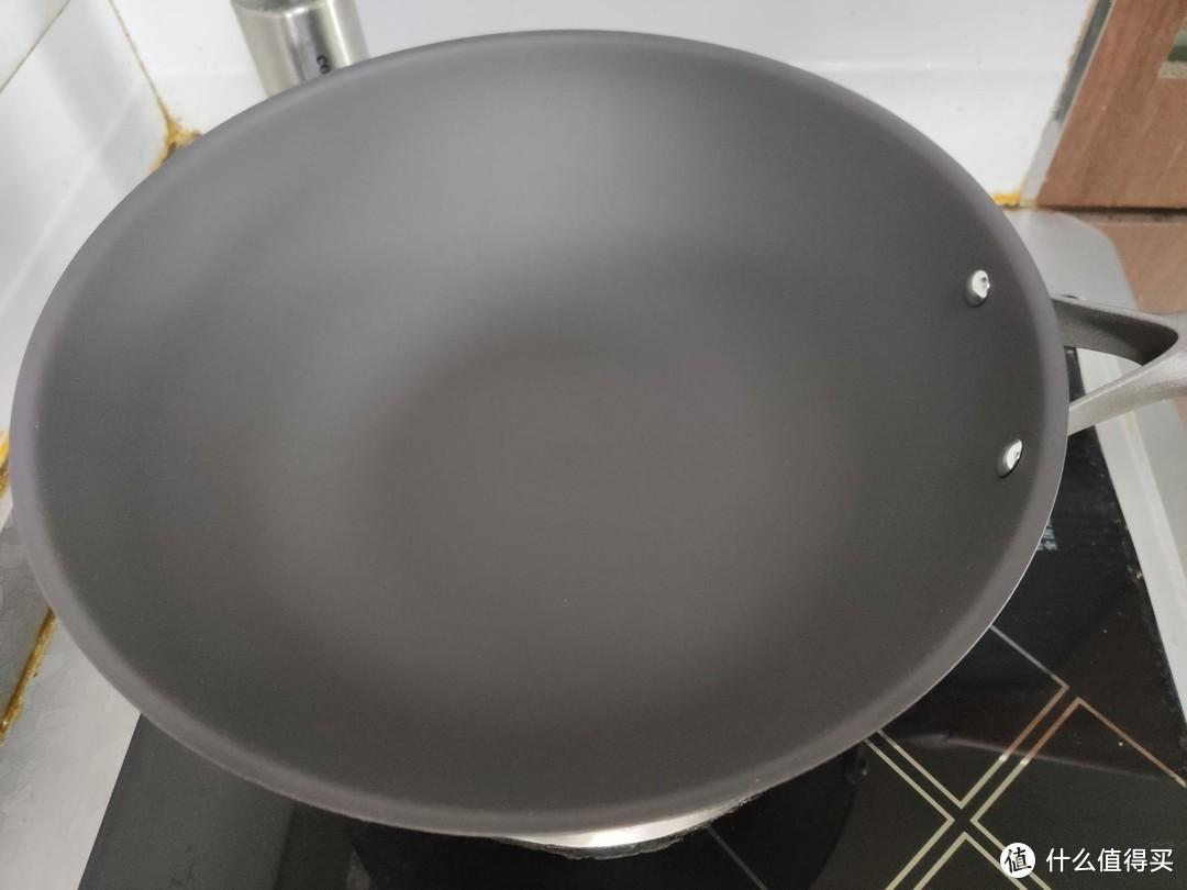 重量小还不生锈的铁锅,就是我理想的炒锅