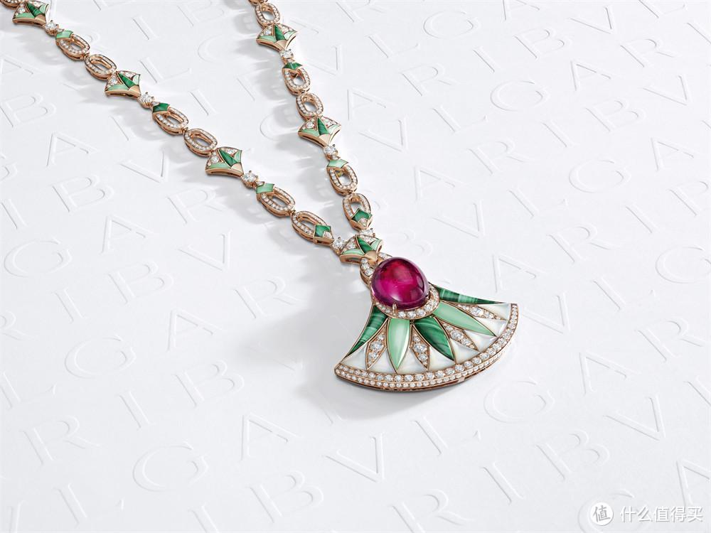 宝格丽Magnifica绮珍意宝高级珠宝系列Lotus Flower出尘莲花项链