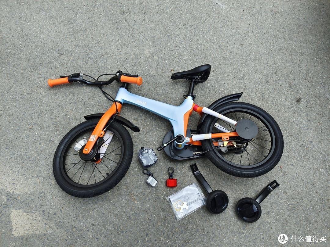骑行不再成为负担,孩子使用更安全,柒小佰运动减震自行车体验