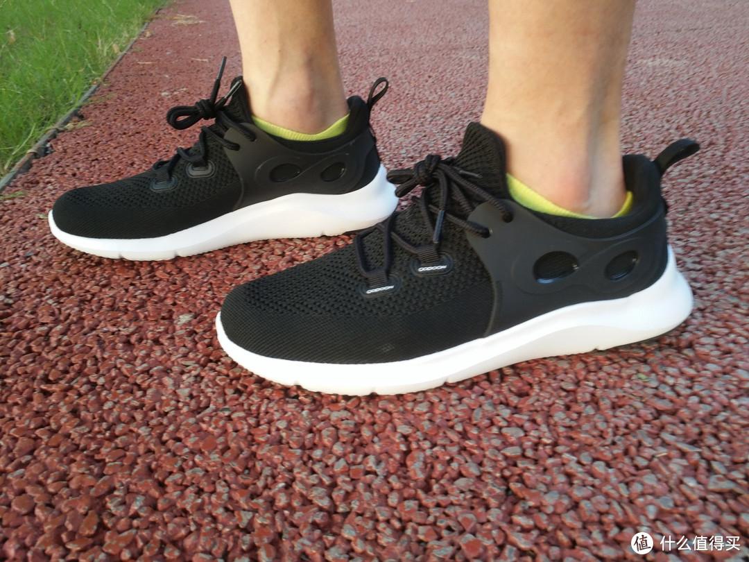 百元的运动鞋真香,咕咚5K智能跑鞋体验