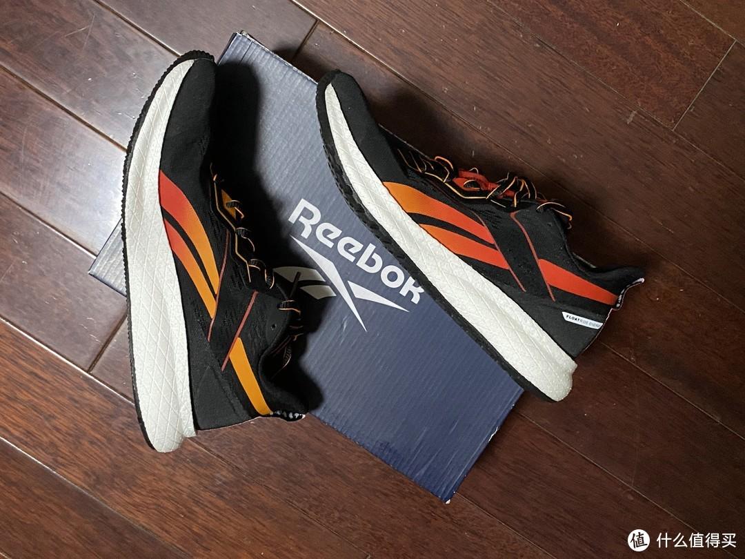 实惠又小众的跑鞋Reebok FOREVER FLOATRIDE EN