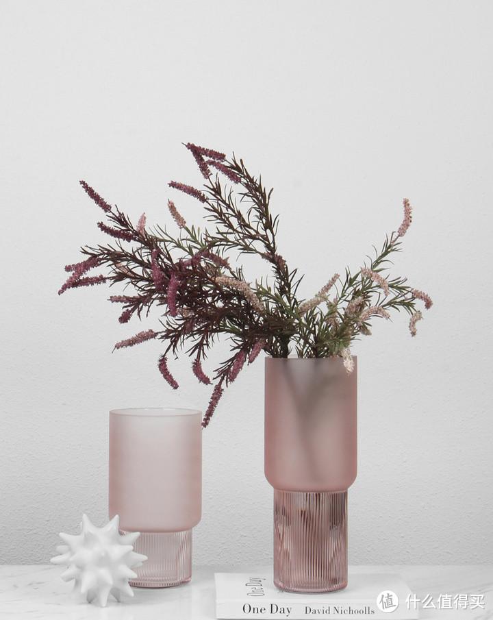 你的鲜花,差了一个玻璃花瓶衬托