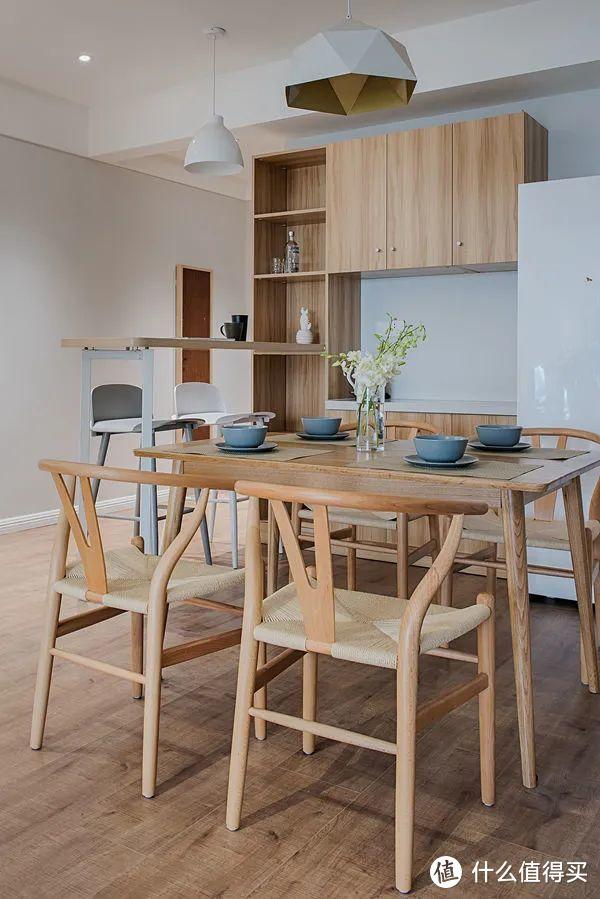 装修不必太豪华!浅色墙面+原木家具,83㎡的北欧风小家美爆了