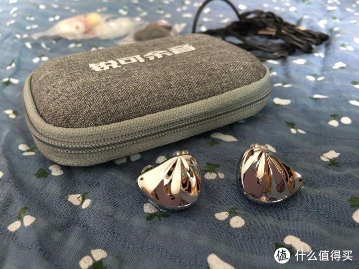 学生党有线耳机哪种好用,长假来临戴着余音出行吧