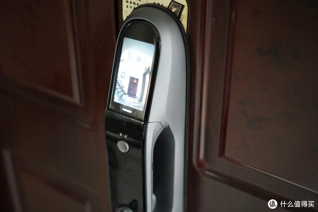 创新无止境,萤石这款视频锁开启了全家刷脸开门时代