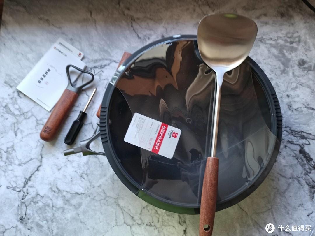 【季节桌面好物23期】做饭不好还怕糊?三禾窒氮轻铁锅让做饭变简单