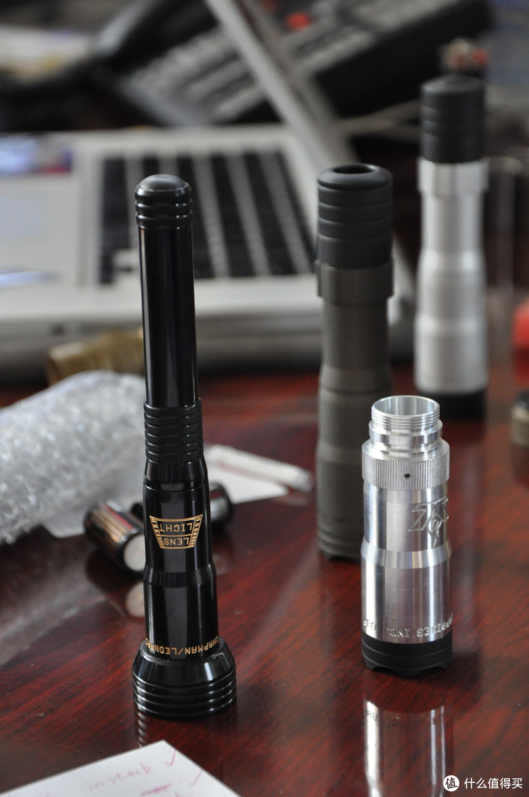 户外手电EDC, 如何选择一款适合日常携带, 而且性能满分的产品?傲雷指挥家3龙凤限量版