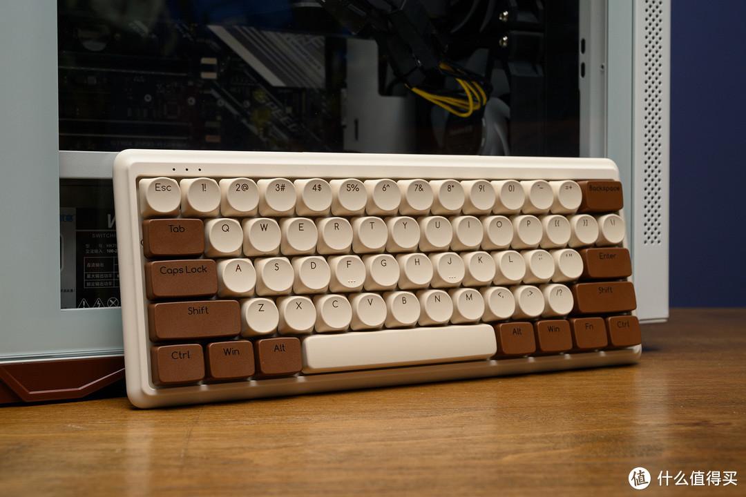 看得真想来一口,ikbc无线双模机械键盘上手玩