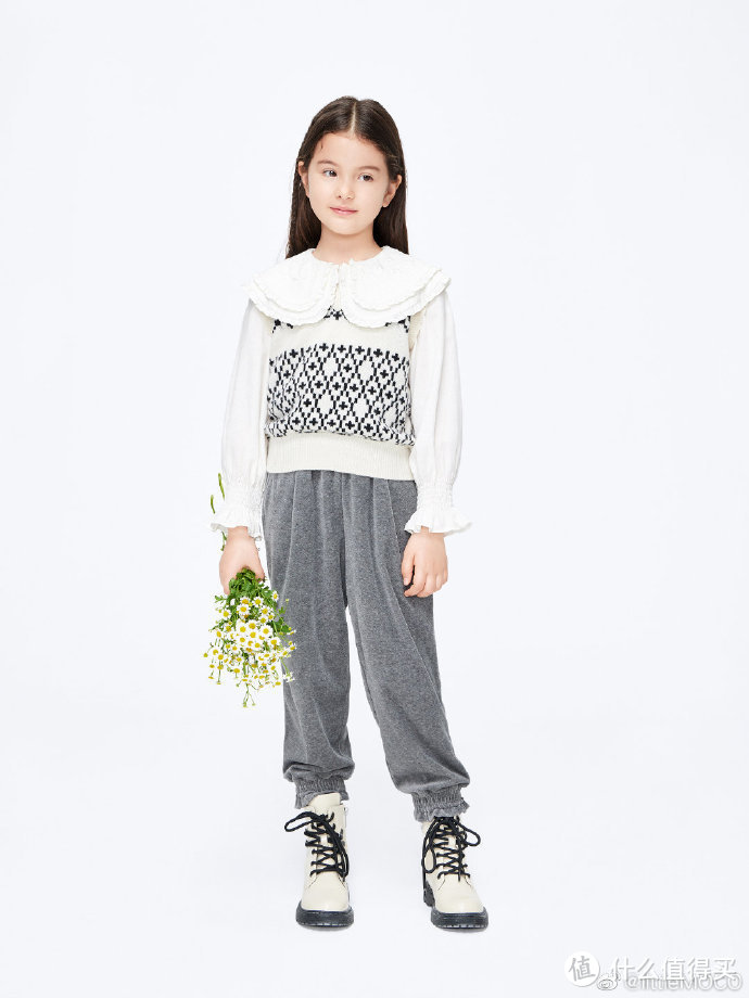 little MO&Co.童装冬季系列全新上线,宝宝时髦出街