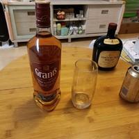 【喝酒也是一门学问】 篇四十五:不足60元,格兰三桶调配威士忌或许是金宾波本威士忌口粮之外的另一个备选