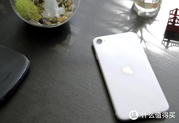 iPhone SE 3 曝光:搭载 A15 处理器、支持 5G 网络、外形不变